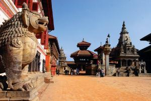 Temple With Royal Palace Tour Packages